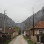 Dorfdurchfahrt zur Schlucht Ziedelskyj