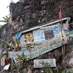 Das Haus am Felsen, Hpha-an