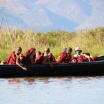 Mönche auf Bootstour, Inle Lake