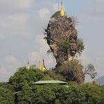 Goldene Stupa auf dem Fels, Haha-an