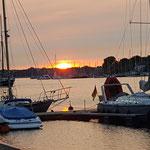 Sonnenuntergang Hafen von Rostock