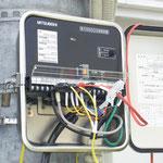 地絡継電器試験  外部電源使用のため、トリップは電圧モードです