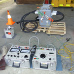 高圧気中開閉器の絶縁耐力試験  地絡継電器試験も同様に実施します