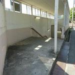 ④地下道をくぐり改札とは反対側(南側)に出ます
