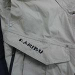 pantalón bordado bolsillo