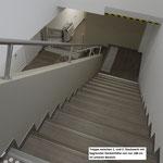 Treppe (Fluchtweg) vom 2. Stock mit 1,88 m Deckenhöhe auf dem Absatz