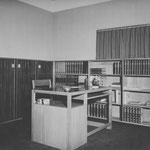 HD N°1083 Bureau; 1090 Boekenwand