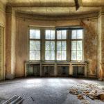 Empty Livingroom