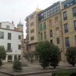 Auch einfachere, moderne Fassaden wirken trotzdem gelungen eingepasst.