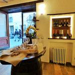 Punto associativo ArTre  Bobbio - Moizo & Scotti - Vini dal 1892 Contrada di Porta Nova 22/A. 29022 Bobbio Piacenza Azienda vitivinicola  Aperto tutti i giorni dalle 9.00 alle 12.30 e dalle 16.00 alle 19.00. Giorno di chiusura: giovedì. cell:  338 391 057