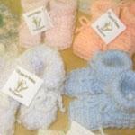 Fabrication de pattes et de bonnets pour bébés