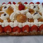 Saint-honoré revisité à la fraise