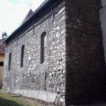 Südseite der Kirche, grundiert, vor dem verputzt werden.