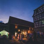 Stimmungsvolle Hochzeitsfeier in der Papierscheune Homburg