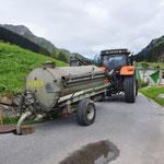 Grube leeren WC Formarin, Entleerung in Kanalisation beim sport.park.lech