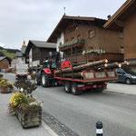 Transport mit Steyr 6190 CVT
