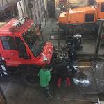 U400-Umbau in der Werkstatt -  Abbau Pumpe/Spritzbalken/Fass