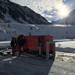 Mobile Schneekanone, aufstellen zum Testbetrieb Skatepark