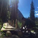 Lechweg-Instandsetzung: Setzen der Geländersteher