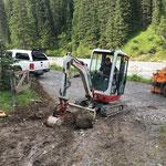 Gatter neu machen und Wanderweg Ebrawald nach Forstarbeiten sanieren