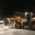 Schneeräumung mit Lader 524 Omesberg