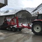 Snow Rabbit 3 Transport mit Steyr 6190 CVT und Bigabhänger