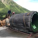 Grüne Ring - Röhre für Hubschraubertransport zum Rüfikopf vorbereiten