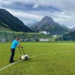 Fußballplatz Linien ziehen