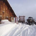 Bänke verteilen Winterwanderwege Oberlech