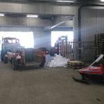 Müllcontainertransport mit U1600 und Containerhänger