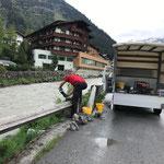 Uferpromenadensockel reparieren nach Beschädigung durch Pistenraupe Skilifte