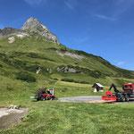 Wasserscheide Flexen: Instandhaltungsarbeiten mit U530, Bagger TB 216 und Holder