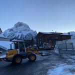 Baustelle Gemeindezentrum, Baustellenbereich für Winter vorbereiten