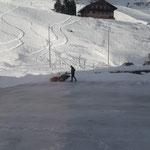 Eislaufplatz Zürs kehren