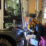 Adaptierungsarbeiten für Hydraulikschläuche Lader 509 - Fräse