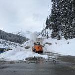 Bauhof Schneeräumung mit Rolba 600