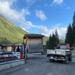 """Hütte aufladen für """"Der weiße Ring - Trailchallenge"""", mit Lindner Unitrac"""