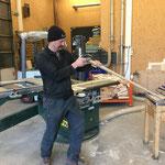 Aufstiehlarbeiten und aufräumen in der Tischlerei
