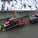 Pistenbully Paana für Transport nach Stubenbach vorbereiten