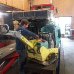 Rüttelplatte reparieren für Radweg Stierloch