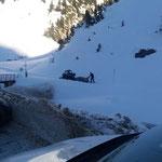 Winterwanderweg Zürs-Lech ausstecken...