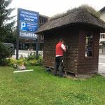 Kampen-Buswartehaus abschleifen...