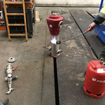 Frostschaden-Hydrant zur Enteisung anwärmen