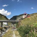 Wanderweg Hexenboden - Seekopf aufschütten, mit Unimog 400...