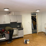 Bauhof-Kameradschaftsraum ausräumen für Verlegung neuer Fußboden