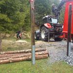 Holzarbeiten für neuen Schwimmbadweg