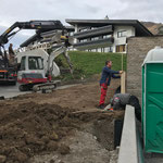 Hülsen für Netz Skiabfahrt Tannberg einrichten
