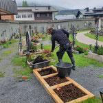 Urnen beisetzen am Friedhof