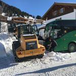 Abschlepphilfe für Bus in Stubenbach