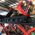 Service am Pistenbully 100